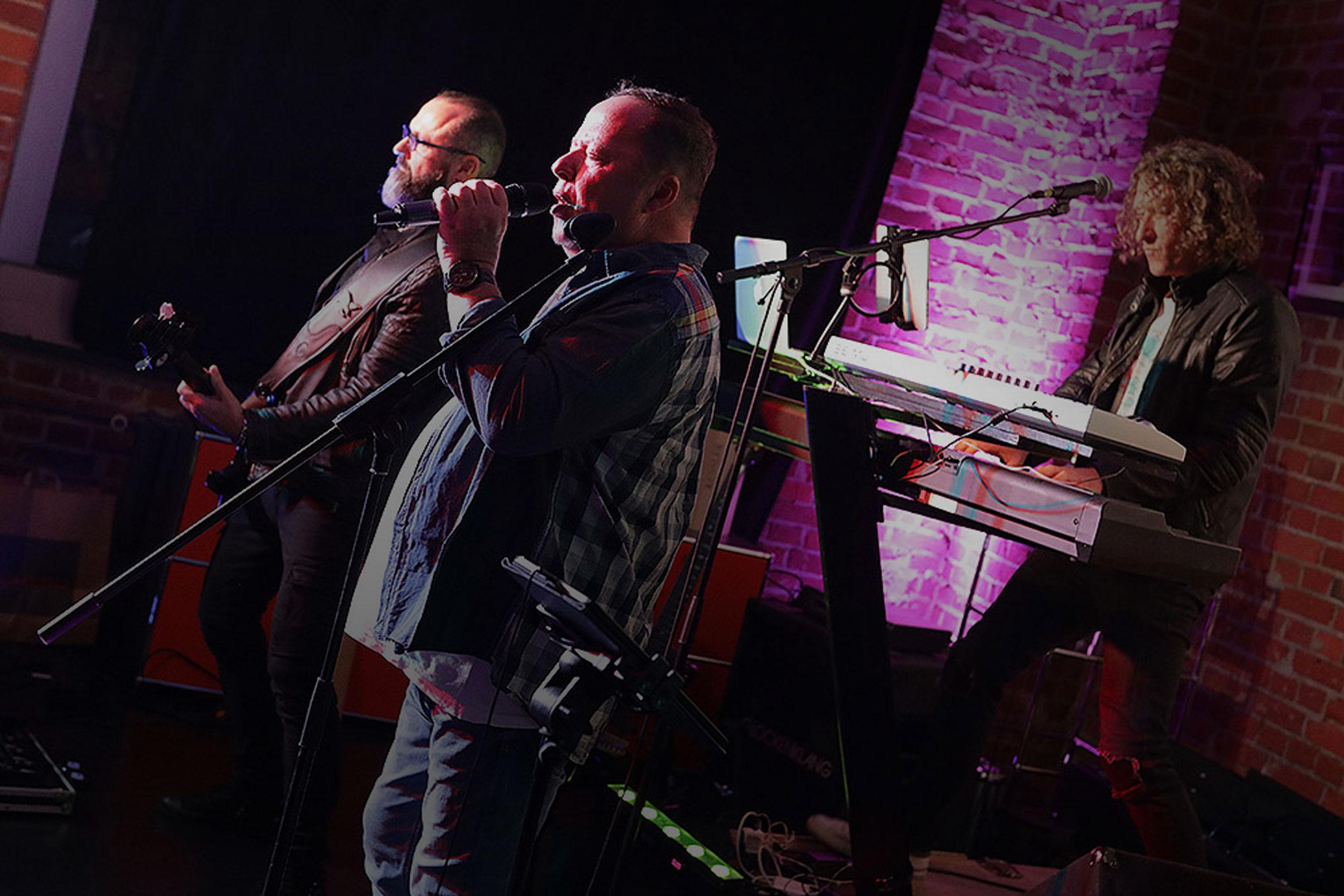 Arno feiert mit Livemusik
